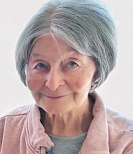 Milena Izlakar
